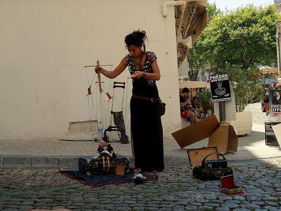 Marionnettiste au Festival d'Avignon